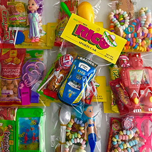 Candies & Toys